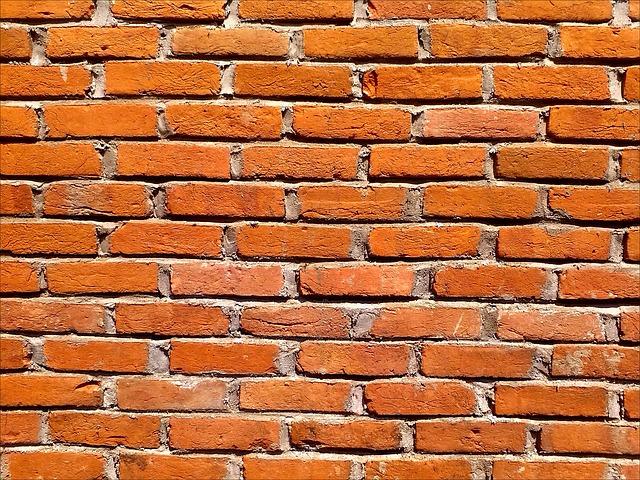 brick-wall-302589_640