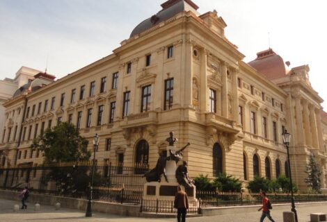 Lupta băncii centrale pentru principii: 1990-2020