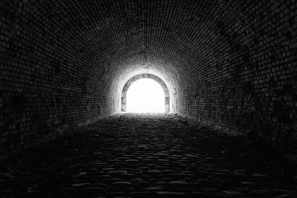 tunnel-3915169_960_720